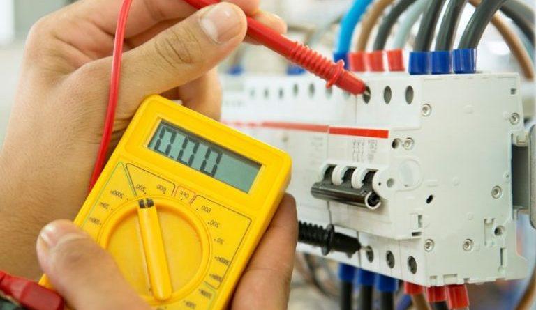 contratar empresa de elétrica